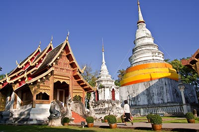 temples in thailand.jpg